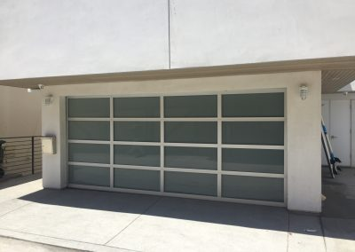New Contemporary Garage Door_ASAP Garage Door And Gate_2